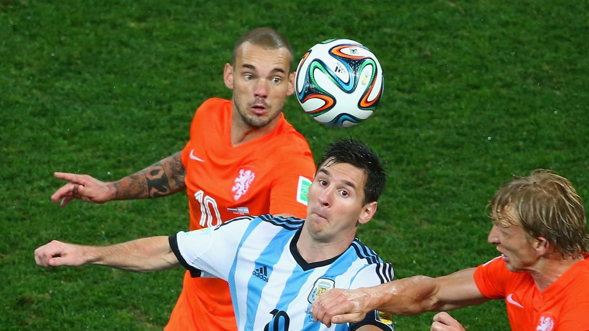 Sneijder makes bold Messi and Ronaldo claim