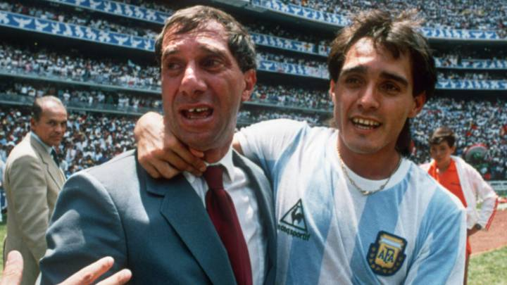 Former Argentina coach Carlos Bilardo tests positive for coronavirus