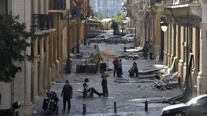Beirut Governor: explosion leaves 300,000 people homeless