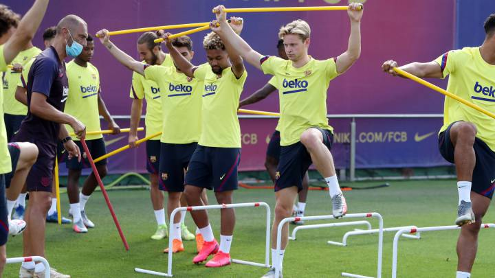 Barcelona player tests positive for coronavirus