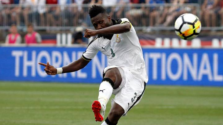 Free transfer Asamoah Gyan chased by Premier League clubs