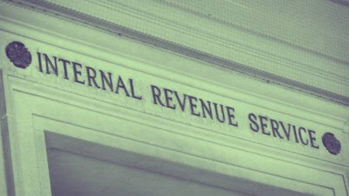 Stimulus check: how is the IRS contacting people for missing payments?