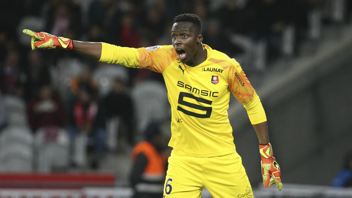 Chelsea sign Rennes goalkeeper Mendy