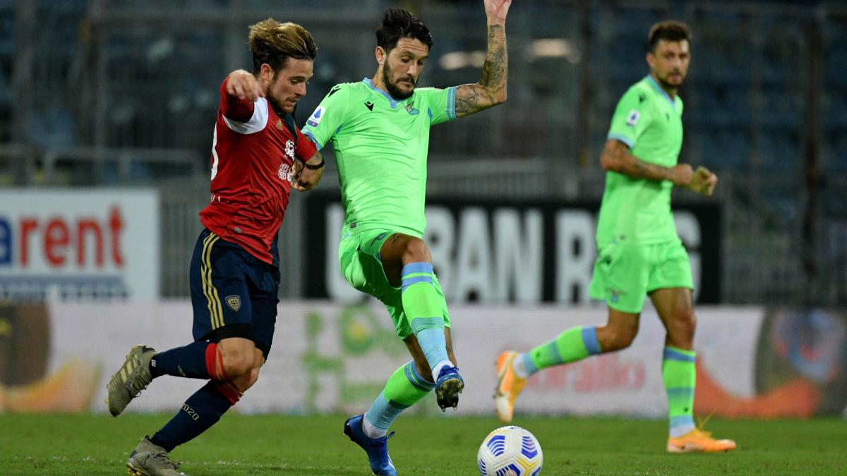 Luis Alberto signs new five-year deal with Lazio