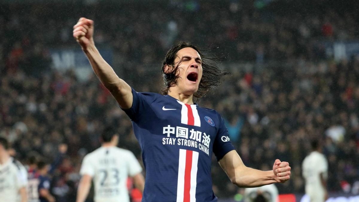 Cavani is a world star who can handle expectations of playing for Man Utd - Giggs