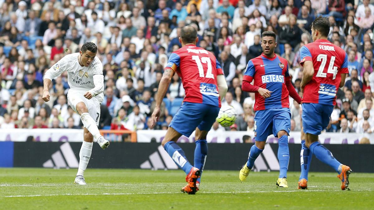 The end of a drought, a landmark goal - when Cristiano Ronaldo broke Raul's Real Madrid record