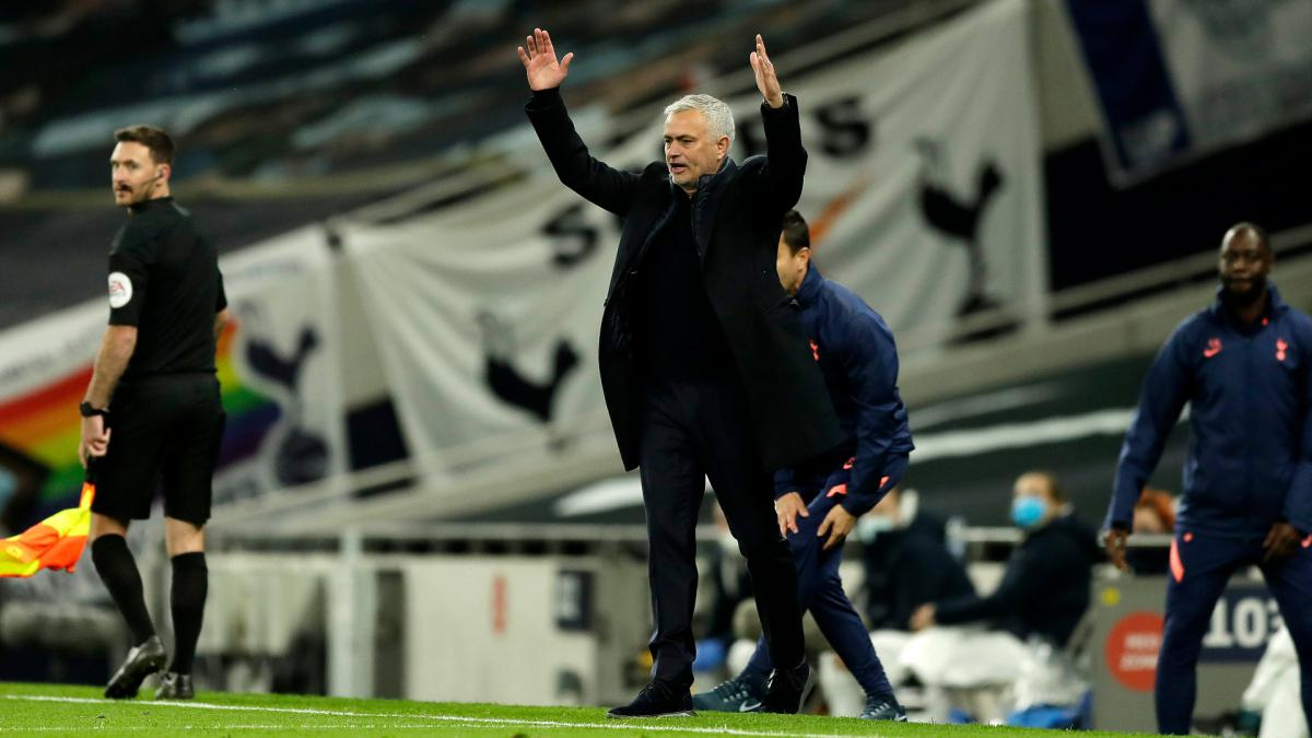 Mourinho tries to explain Tottenham collapse: Football happened