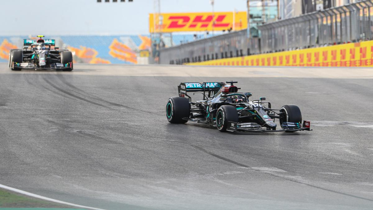 Hamilton concerned after 'disaster' outing on Istanbul 'ice rink'