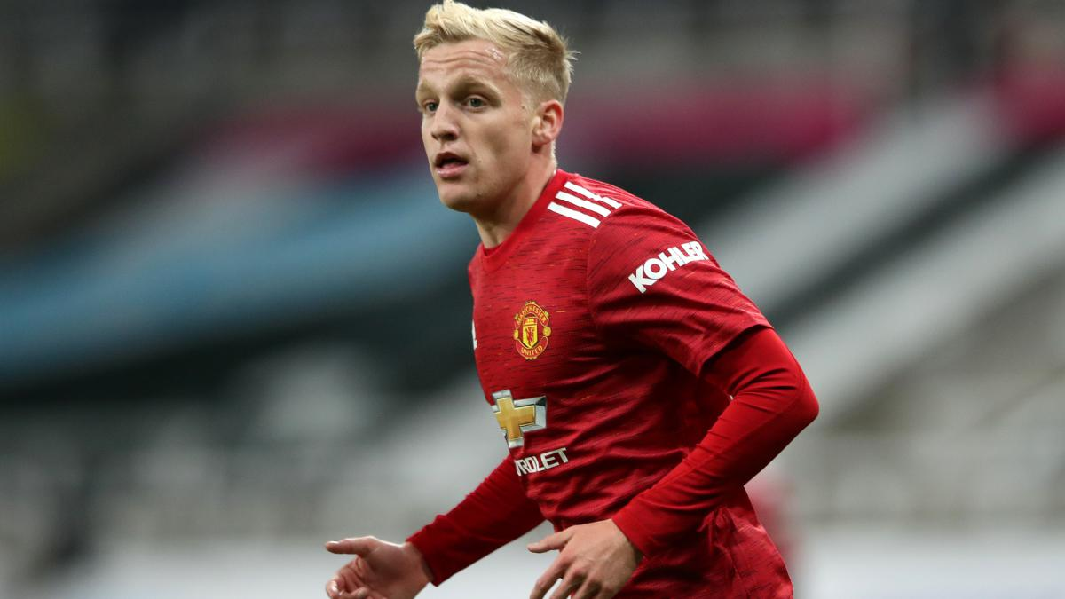 Rumour Has It: Juve eye Man Utd's Van de Beek, Liverpool make bid for Ajax star
