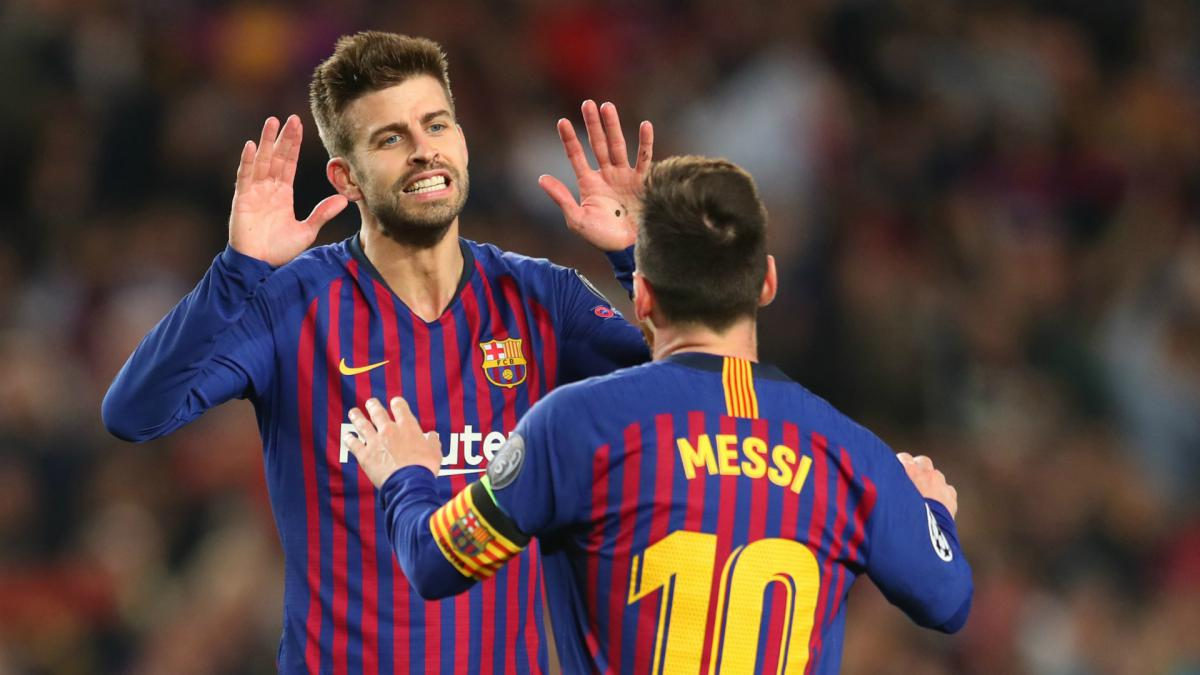 Pique wants Messi at Barcelona for years to come