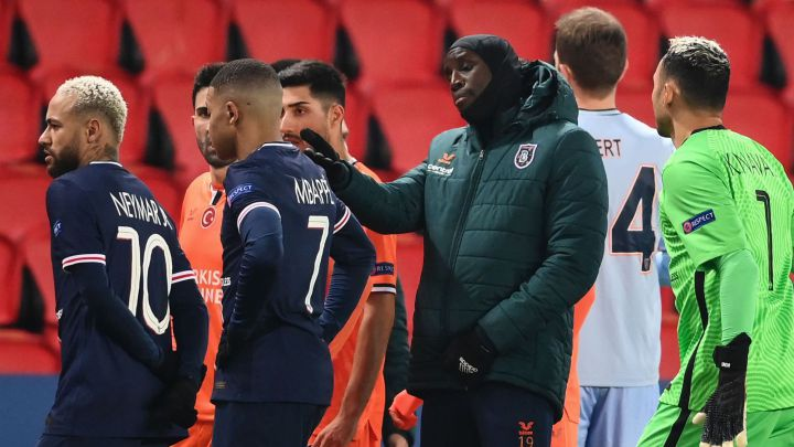 Play suspended at PSG vs Istanbul Basaksehir over racist comments from fourth official