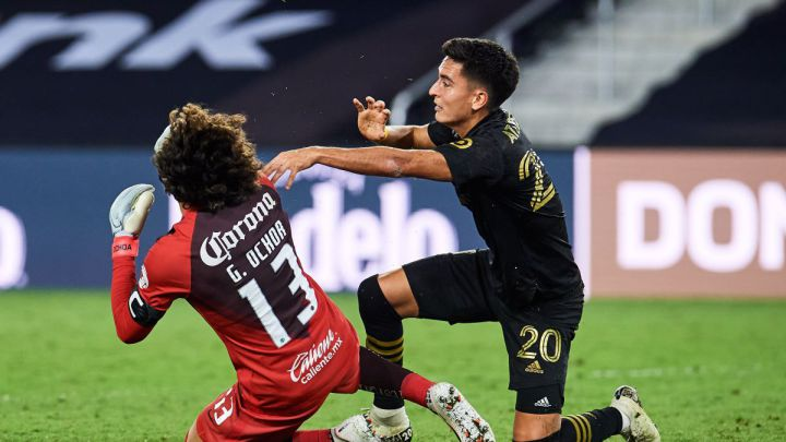 LAFC to appeal Atuesta's red card against Club América