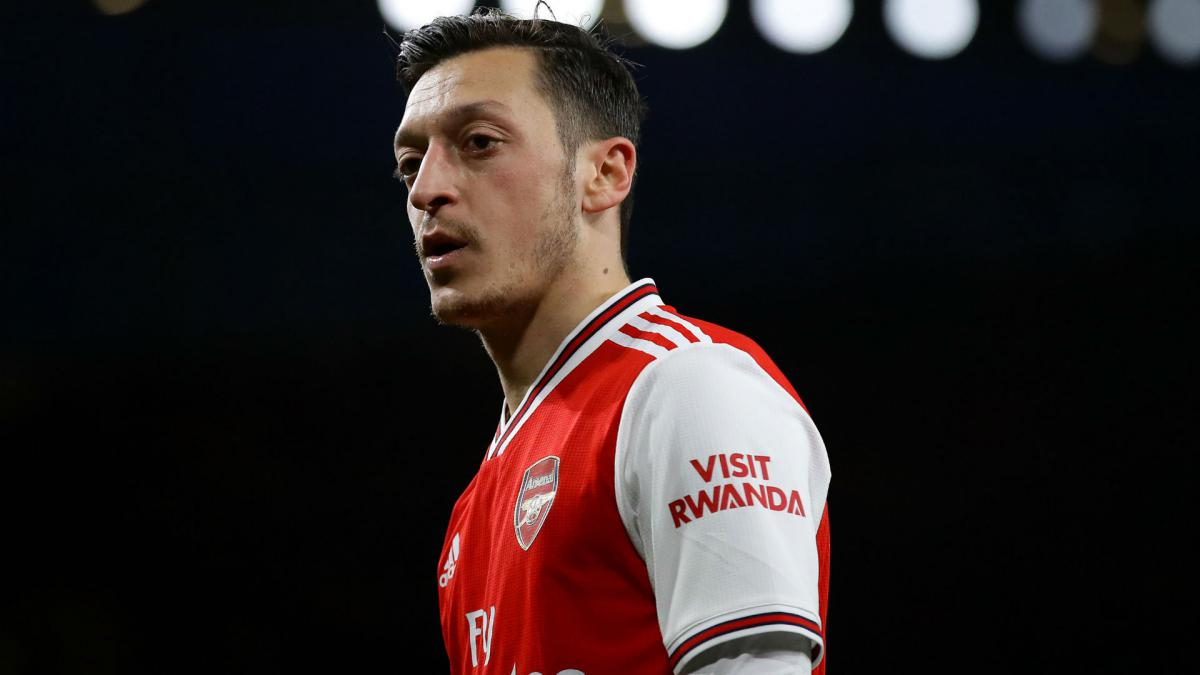 Arteta expects Ozil decision in 'next few days' as midfielder nears Arsenal exit