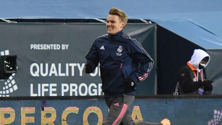 Martin Odegaard requests to leave Real Madrid on loan