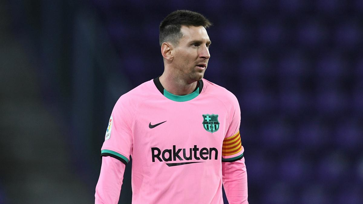 PSG trying to convince Messi to join from Barca, insists Paredes