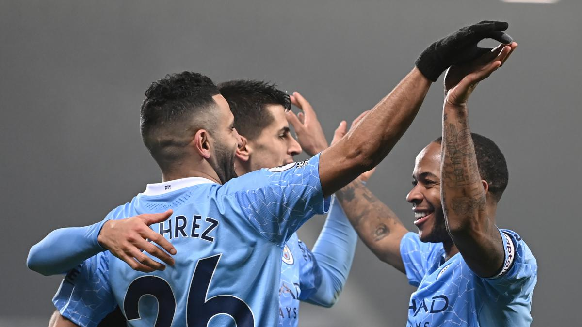 Premier League data dive: New record set as Manchester City become latest side to move top