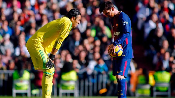 Keylor Navas suffers when facing Lionel Messi and FC Barcelona