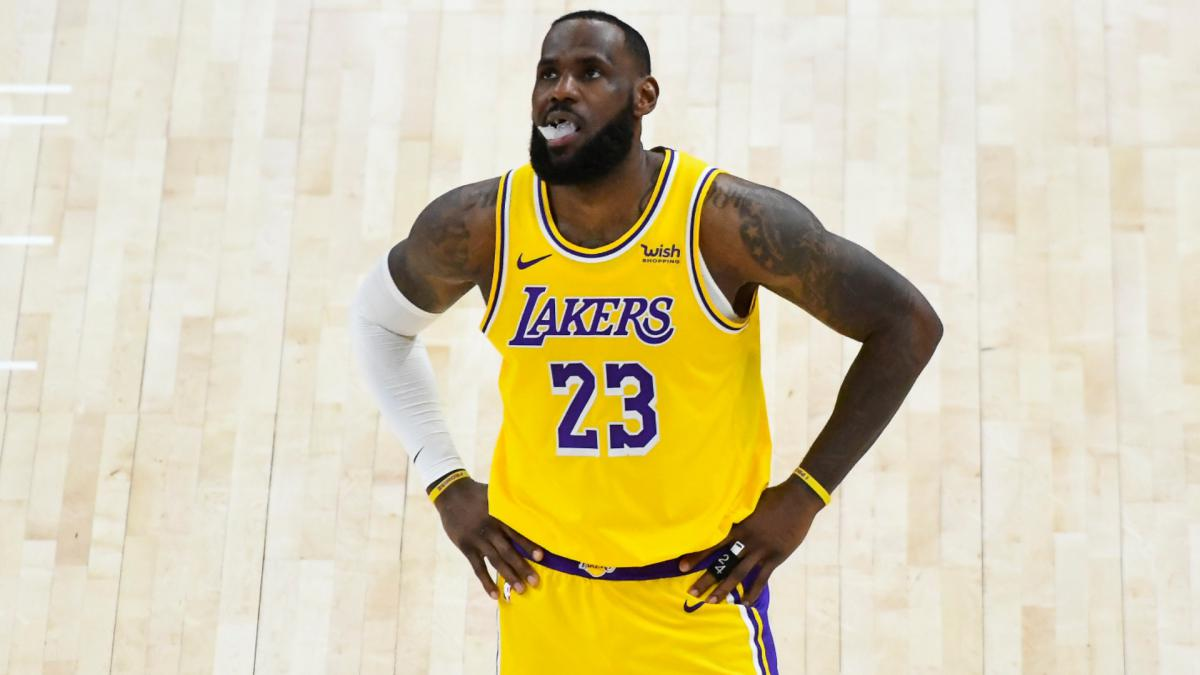 Not time to panic, but LeBron's Lakers could use some help