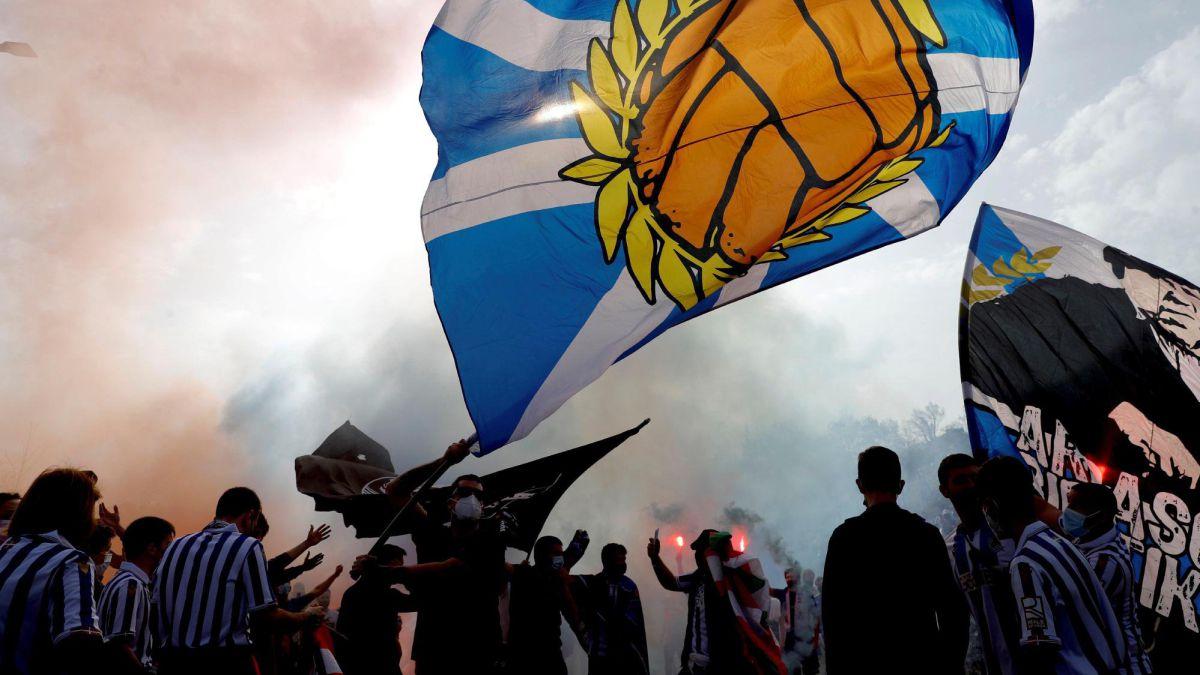 Copa del Rey final: Athletic Club and Real Sociedad fans ...