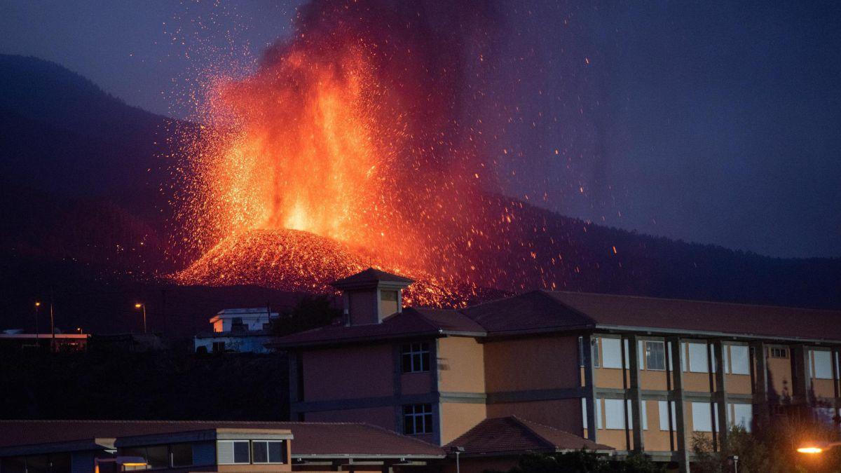 la palma volcano eruption news summary for thursday 23