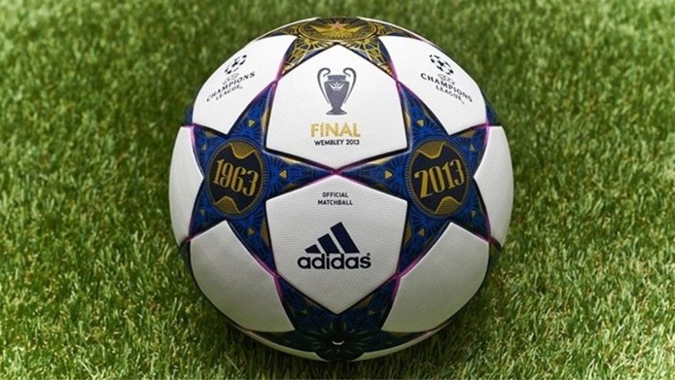 El balón de la final homenajea al mítico estadio de Wembley - AS.com 85006cf2b4cb2