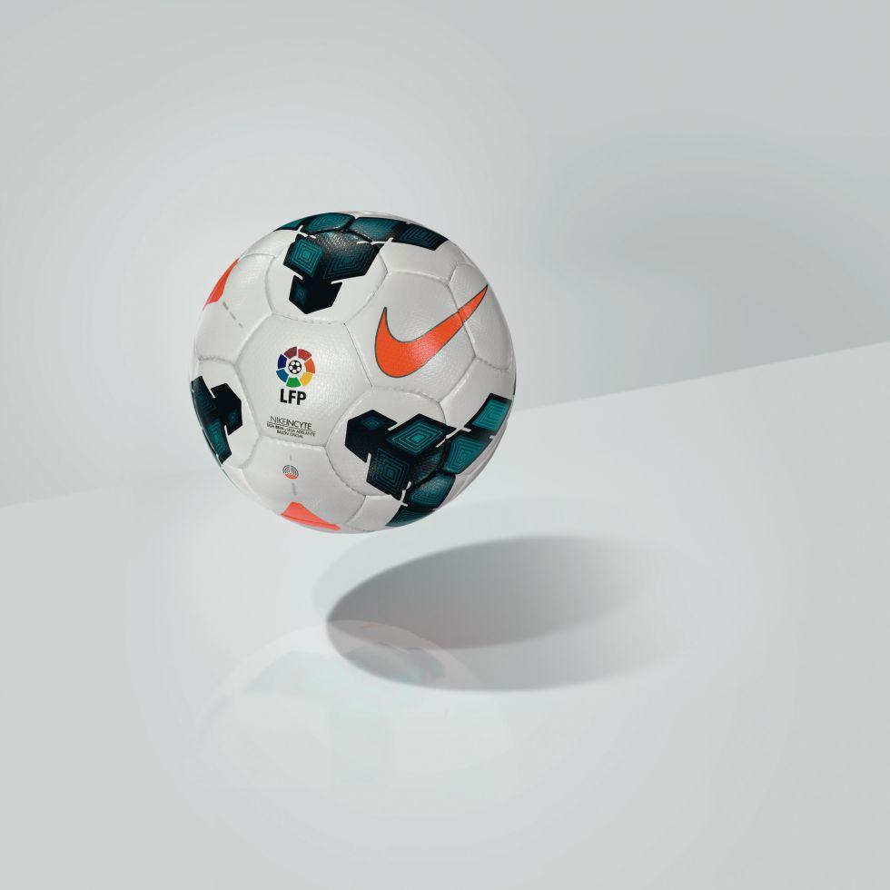 41706eb28e439  Nike Incyte