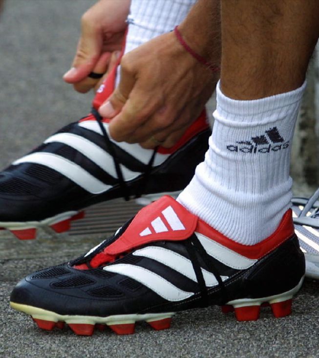 Del antiguo calzado pesado a las actuales botas inteligentes - AS.com a4881d5f23497