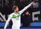 Andre Schuerrle hits hat-trick as Wolfsburg rout Hanover