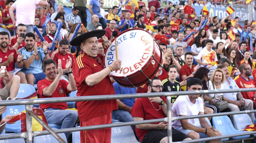 cafc32452151f Joy for Manolo 'El del Bombo' as iconic drum is recovered - AS.com