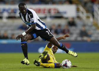 En Newcastle quieren un taxi para largar a Moussa Sissoko