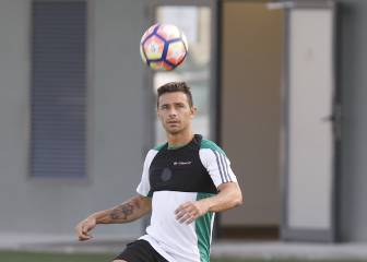Torrecilla adamant that Rubén Castro will not leave Betis