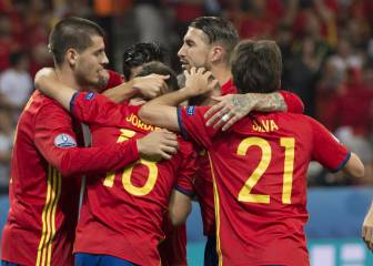 Vitolo joins Morata and Silva in attack in first Lopetegui XI