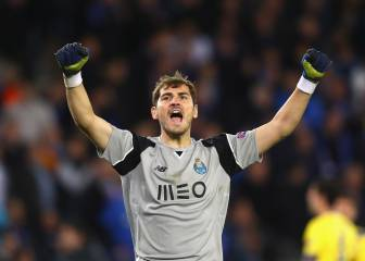 Casillas edges past Zubi, and pulls level with Maldini