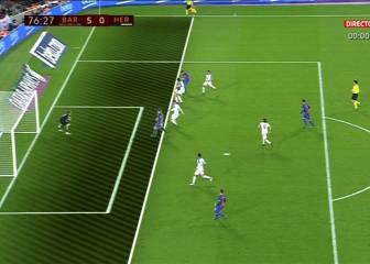A hint of offside for Alcácer's first Barcelona goal