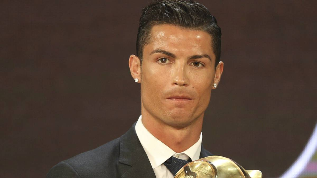 Cristiano Ronaldo lands ninth award of 2016: Globe Soccer
