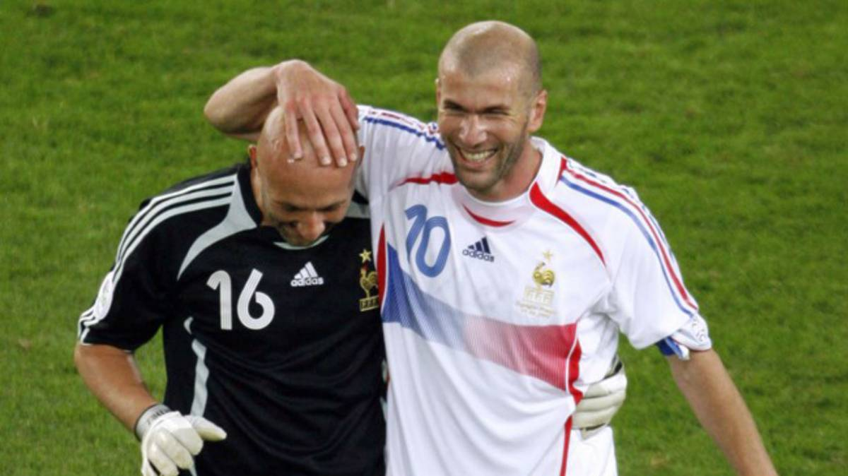 Real Madrid: Barthez defends his friend Zidane from the ...