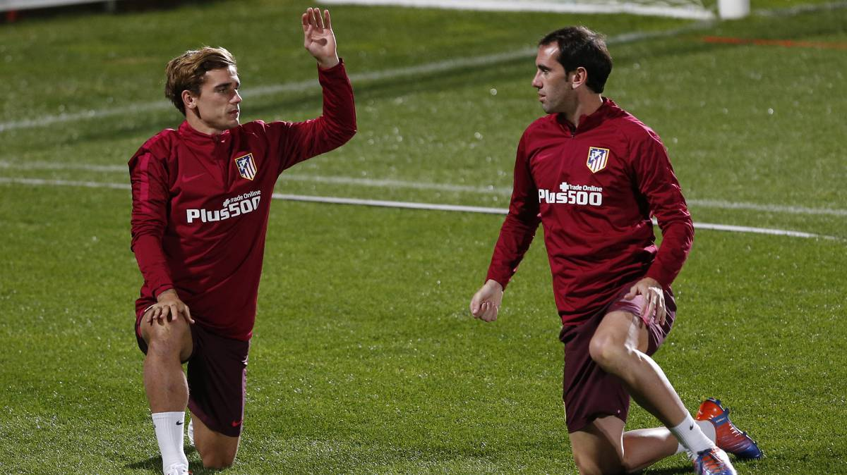 "Godín pide que Griezmann sea The Best: ""Es impresionante"""