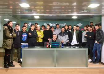 Real Betis squad show their support for Roman Zozulya