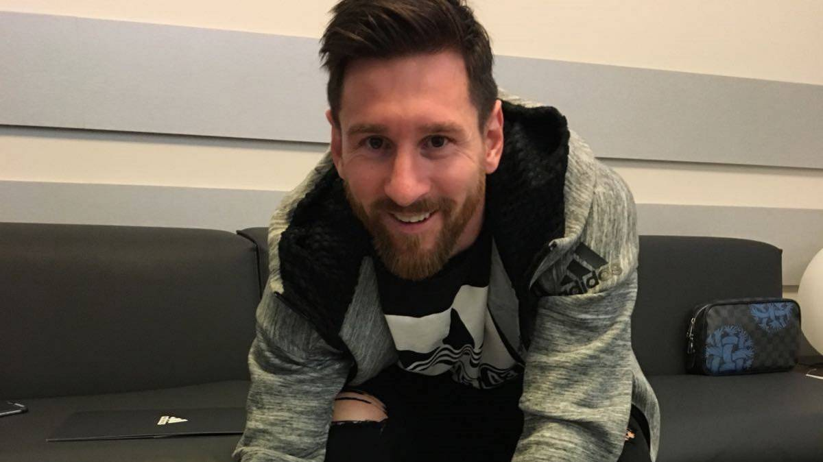 Lionel Messi signs new contract with sponsor Adidas