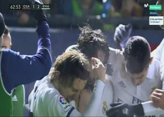 Modric hit by missile from the stands at El Sadar