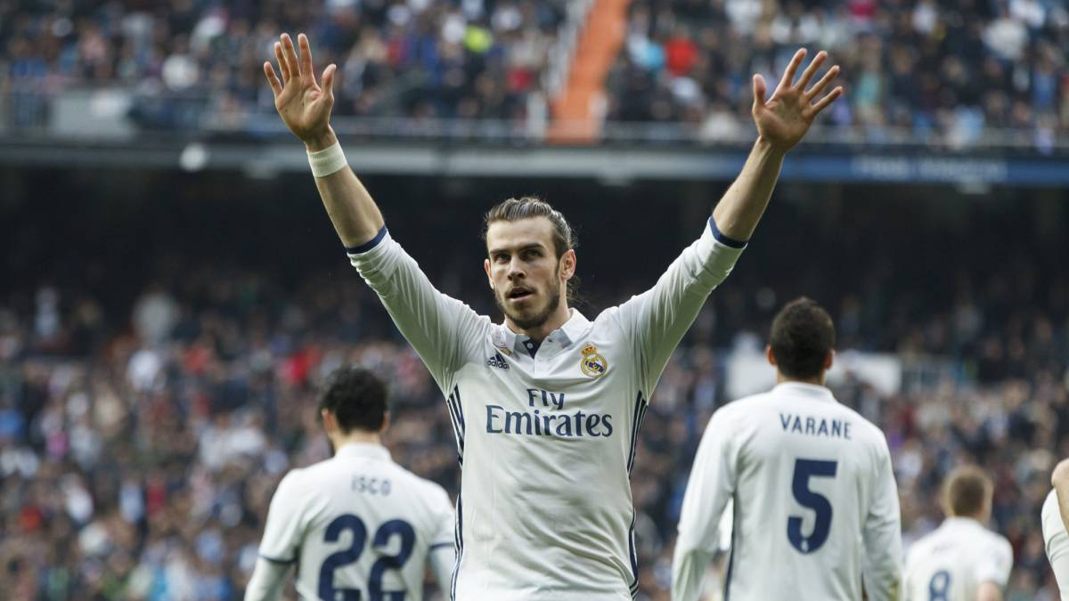 Gareth Bale won't leave Real Madrid - Ryan Giggs