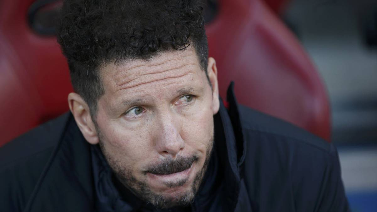 "Atletico Madrid's coach Diego ""Cholo"" Simeone before the match."