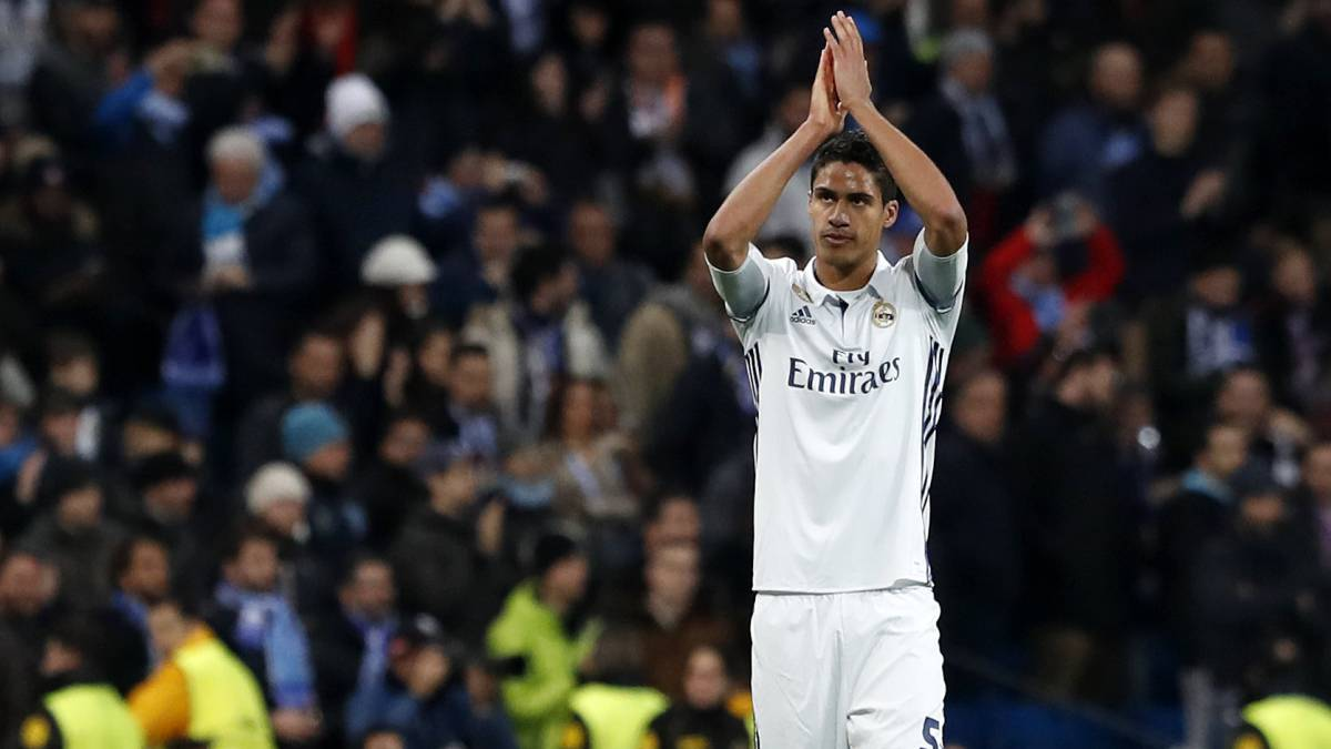 Manchester United keen to include Varane in De Gea deal