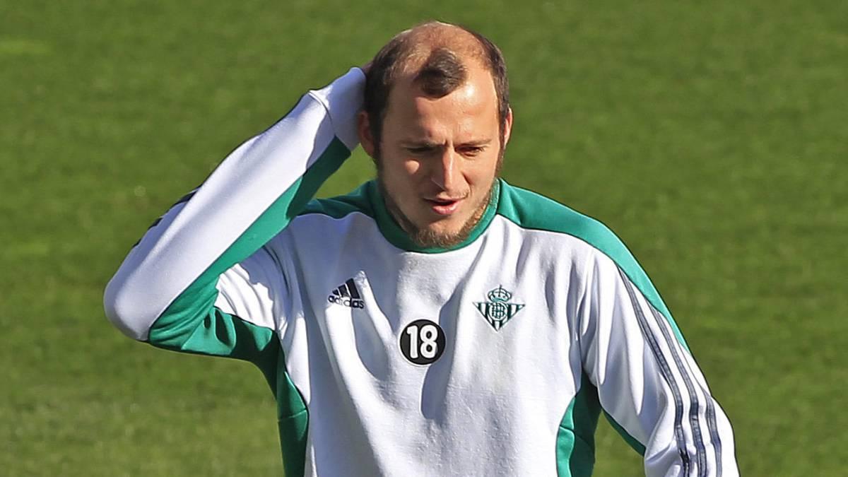 AS: Райо Вальекано хочет, чтобы Зозуля вернулся в клуб