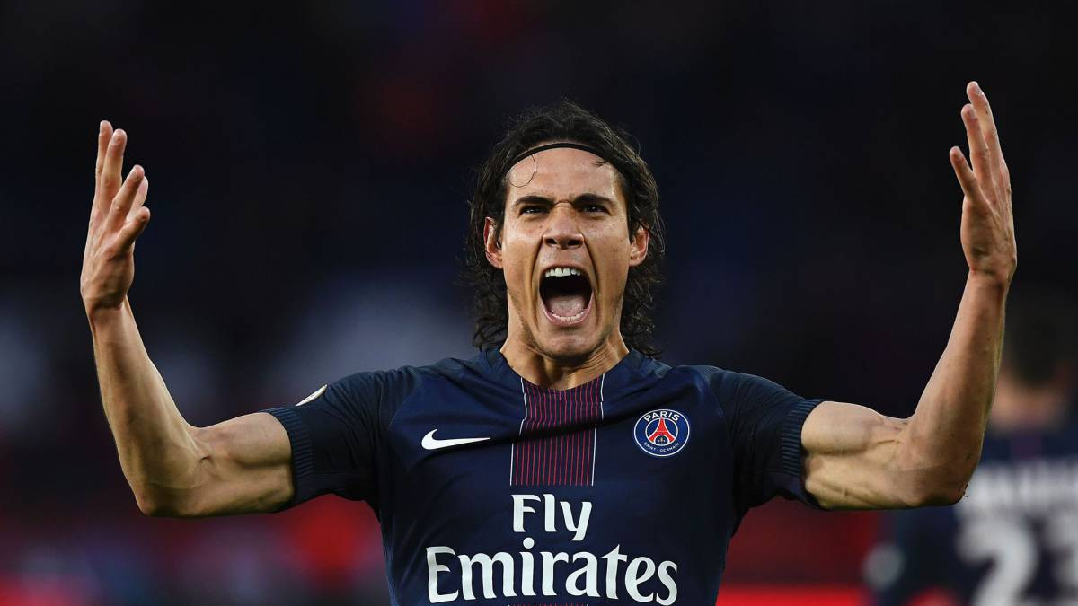 Paris Saint-Germain's Uruguayan forward Edinson Cavani celebrates after scoring a goal during the French L1 football match between Paris Saint-Germain (PSG) and Nancy (ASNL) at the Parc des Princes stadium in Paris on March 4, 2017.