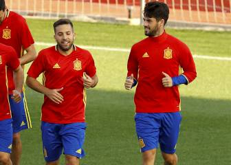 "Jordi Alba: ""I don't like seeing Isco at such a high level"""