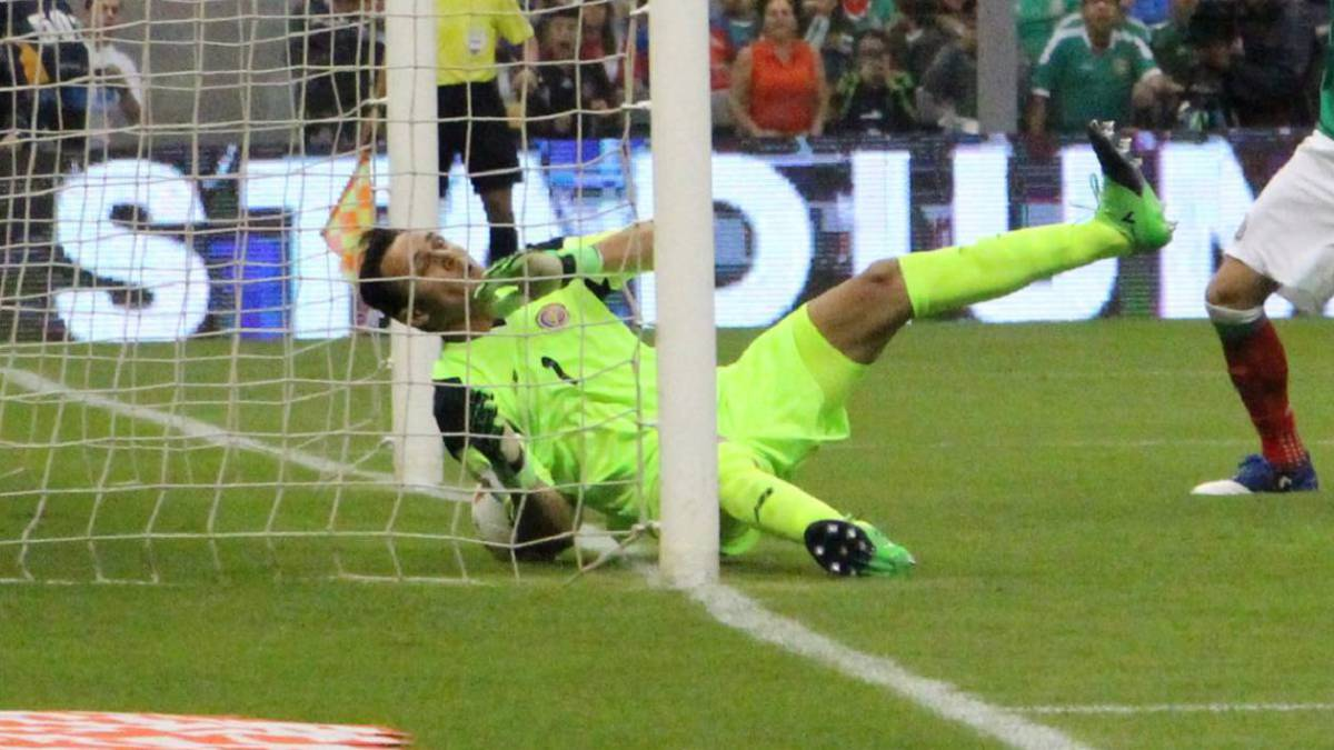 Keylor Navas' mistake against Mexico fuels debate over his future