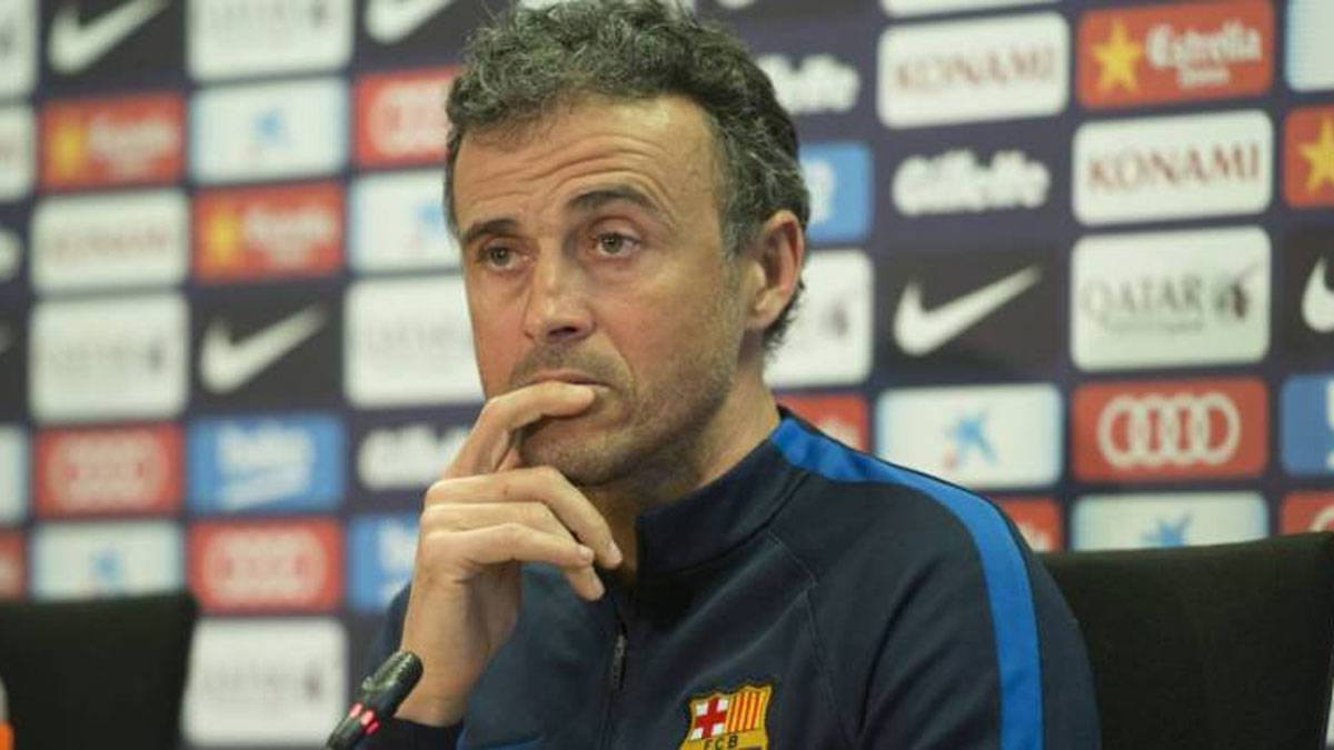 Luis Enrique talks Piqué, Messi and Barcelona's April schedule