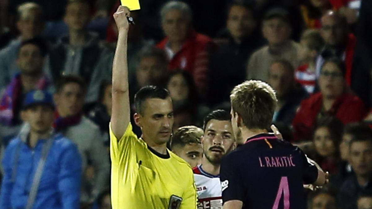 Rakitic: Barcelona man caught taunting Granada's Pereira