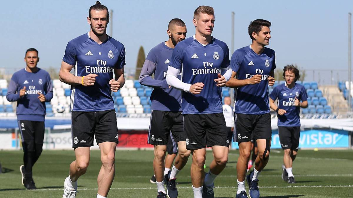 Real shift focus to Bayern game with Pepe and Varane absent